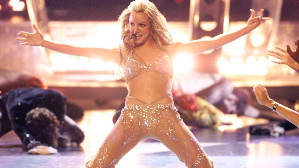 Britney Spears at MTV Awards in 2000