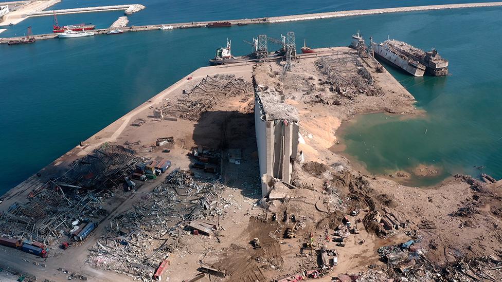 無人機航拍貝魯特港口爆炸現場——谷倉區域災情(6/8/2020)