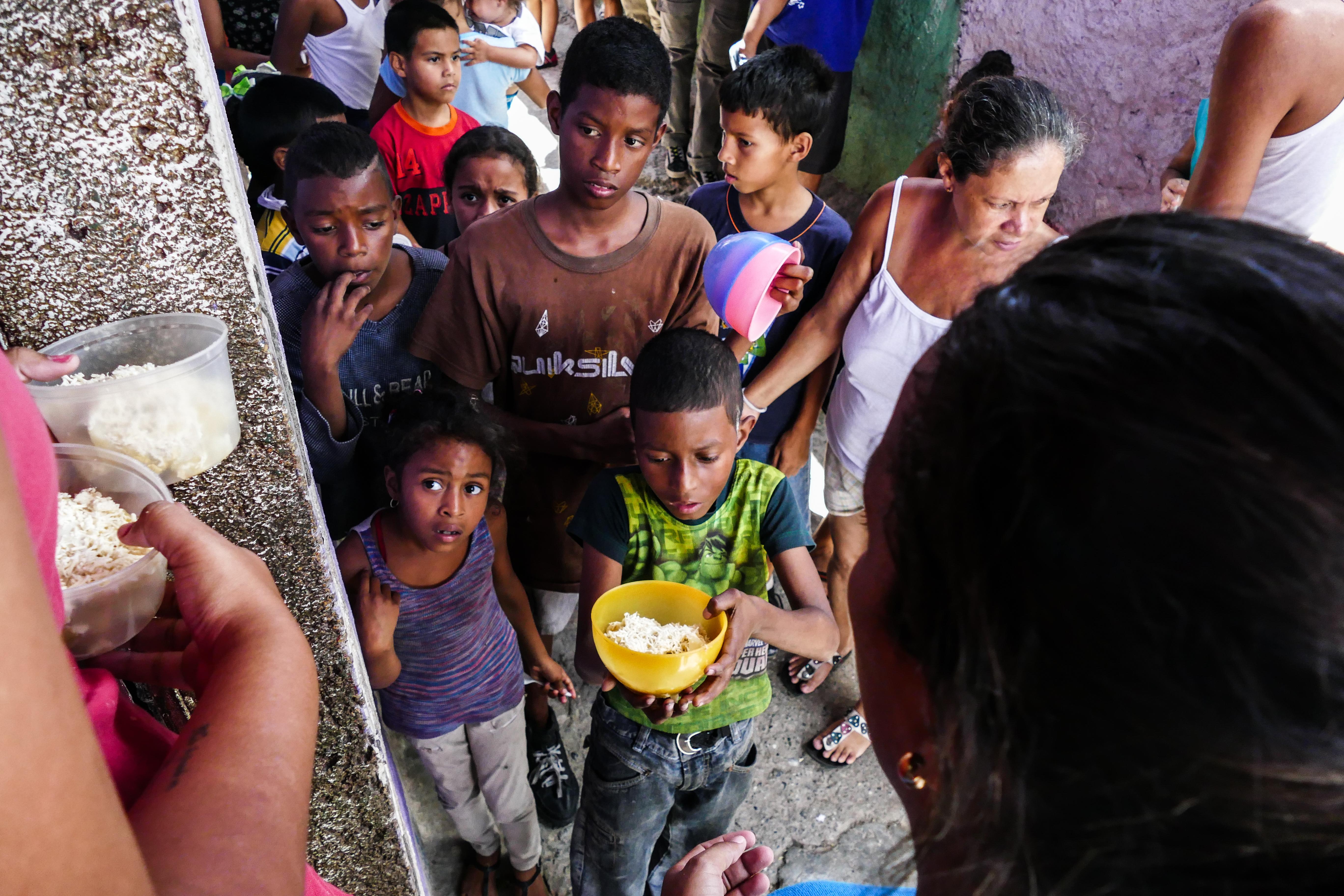 Niños con hambre en Venezuela