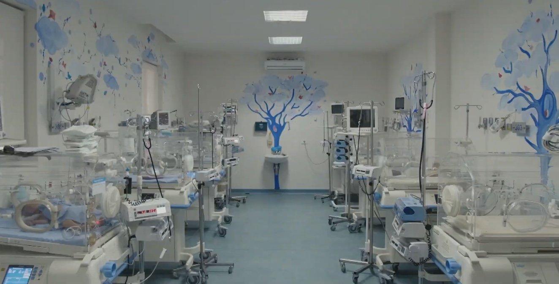 مستشفى الكرنتينا في بيروت يعد من بين المؤسسات الحيوية التي دمرها انفجار الرابع من أغسطس.