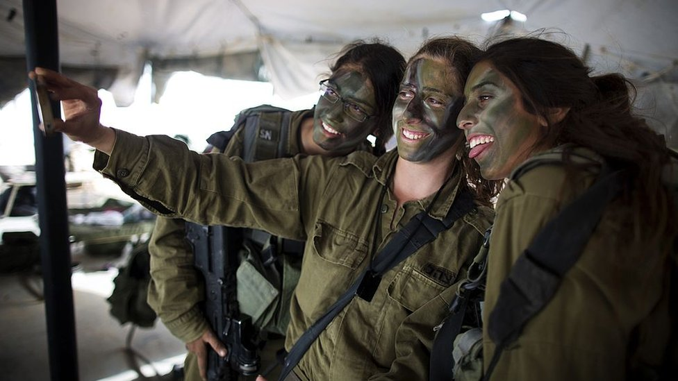 Israeli soldiers taking a selfie