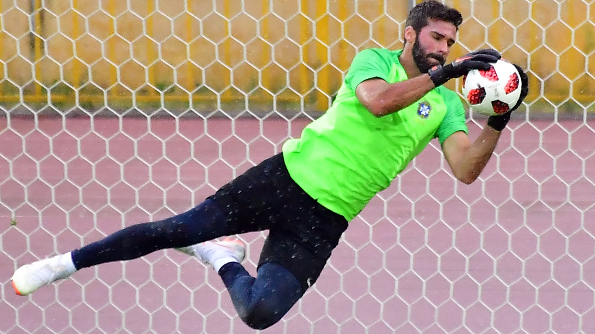 Liverpool make record bid for Roma goalkeeper Alisson