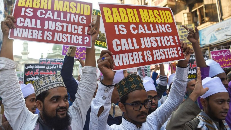 Indian Muslim supporters and activists take part in a protest in Mumbai on December 6, 2018 to mark the 26th anniversary of the demolition of the 16th Century Babri Masjid in Ayodhya