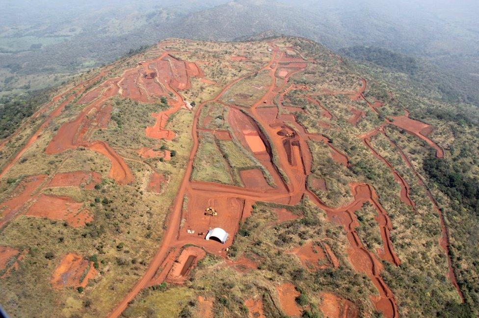 Aerial view of Simandou open cast mine