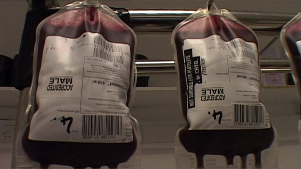 Apology over Indian blood donation 'embarrassment'