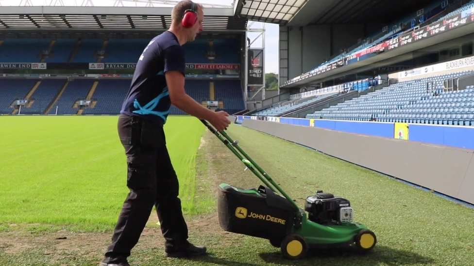 Lancashire lawnmower man pushes for 24-hour record