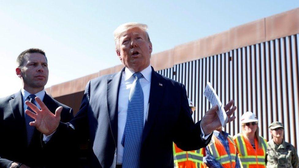 Donald Trump en la frontera entre Estados Unidos y México