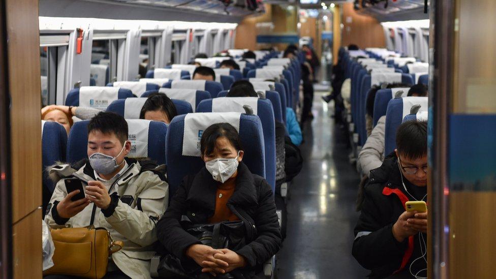 أوقفت حركة القطارات في ووهان