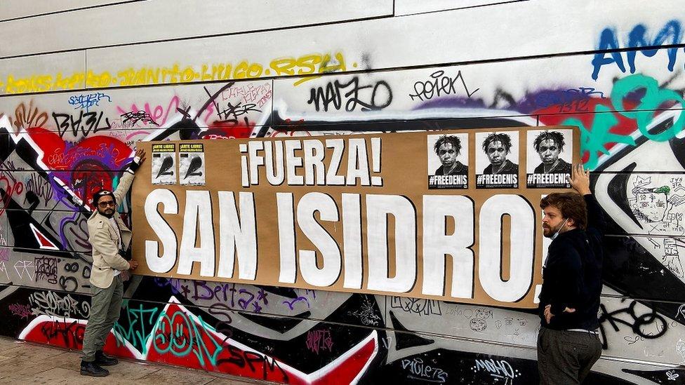 Cuban Police Raid Hq Of Dissident San Isidro Movement Bbc News