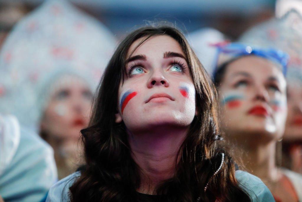 Pendukung Rusia saat laga melawan Kroasia