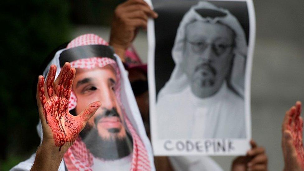 Kaşıkçı cinayetinin ardından ABD'deki Suudi Arabistan Büyükelçiliği önünde eylemler düzenlenmişti