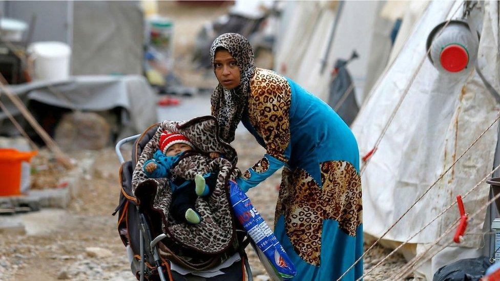 敘利亞難民在土耳其和敘利亞邊境的難民營