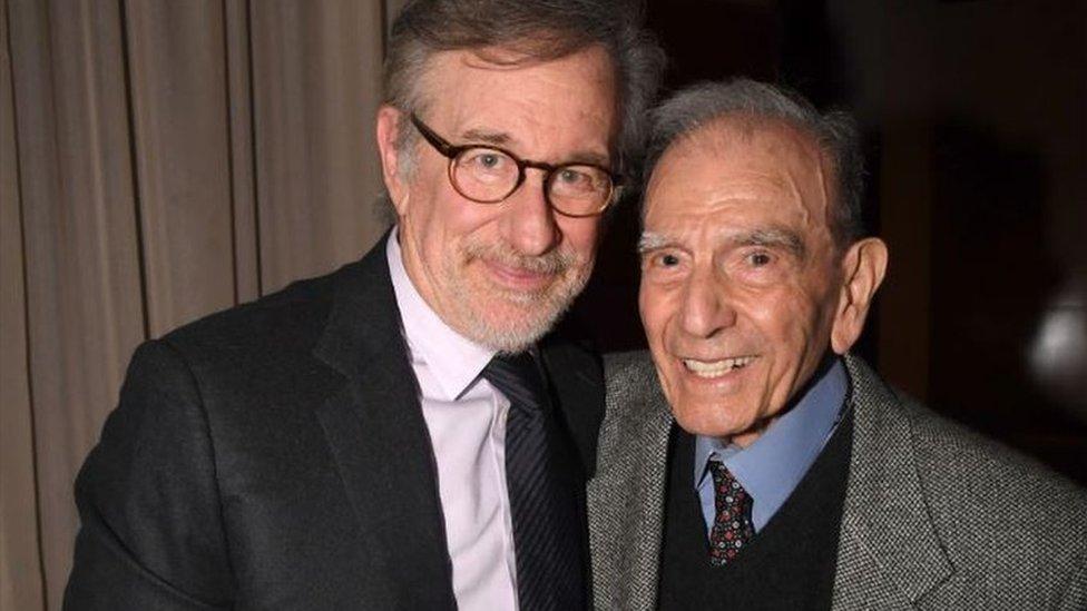 Gabbai con Spielberg