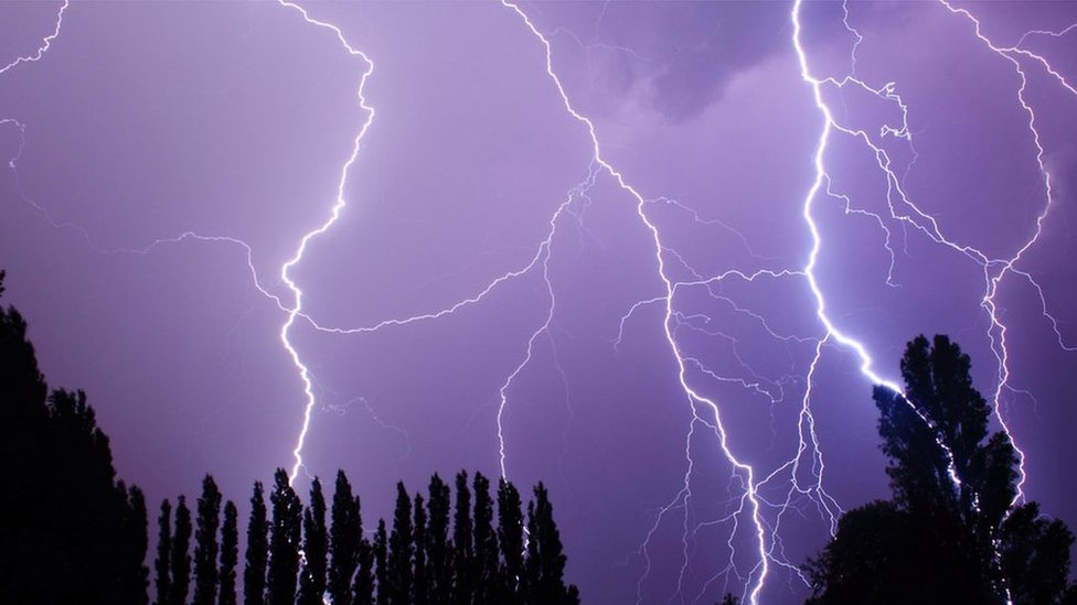 Lightning over Cobham, Surrey
