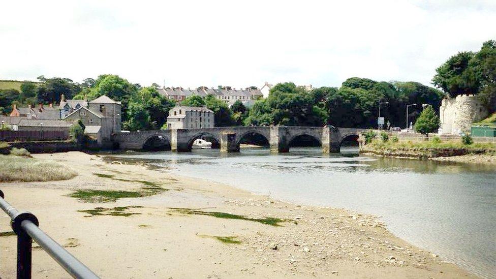 Pont Aberteifi