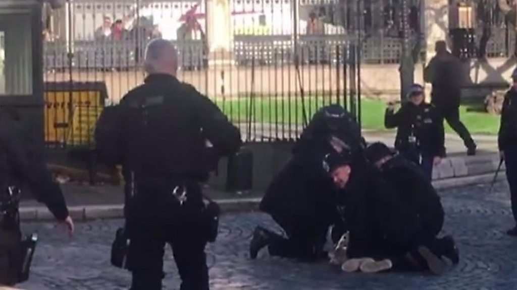 'Intruder' held at UK parliament by armed police
