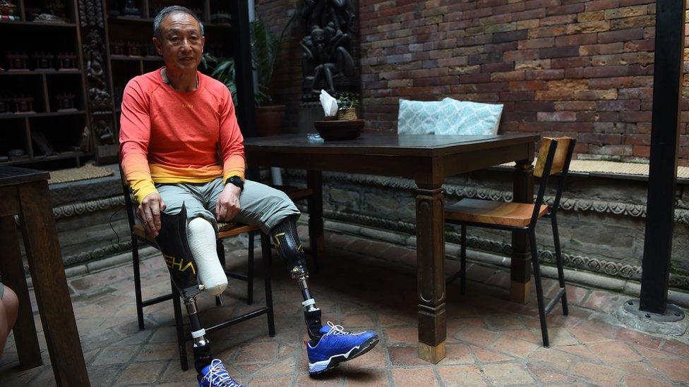 Безногий альпініст підкорив Еверест