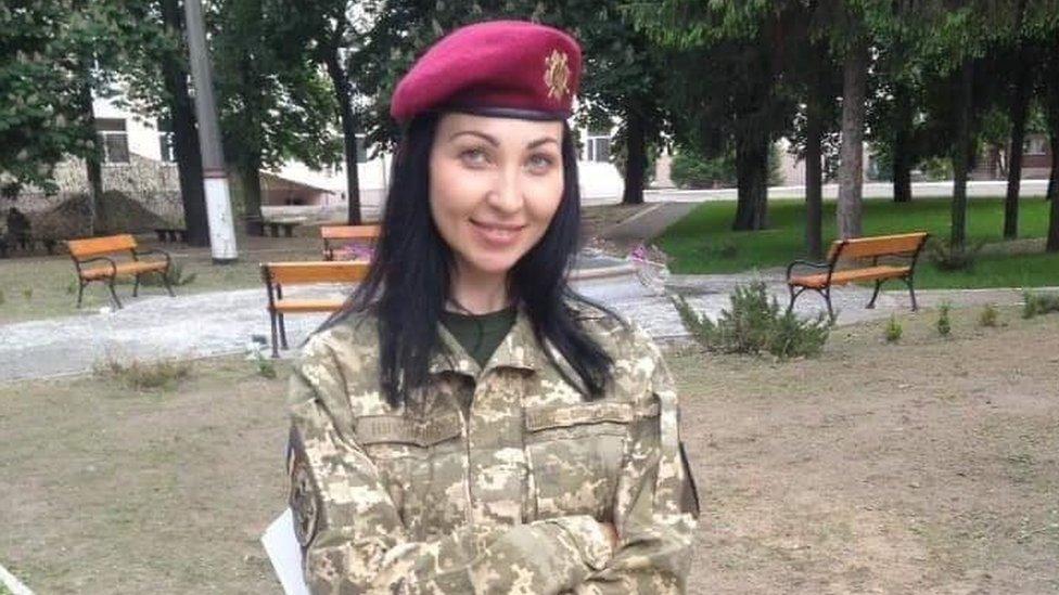 На Донбасі загинула 36-річна українська військова. Що про неї відомо