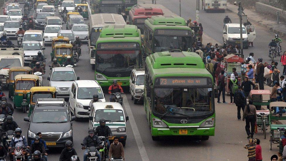Trânsito em Nova Déli
