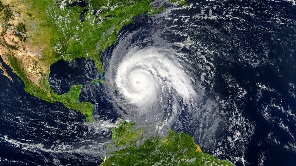 أعصار في الكاريبي في صورة ملتقطة بالأقمار الصناعية