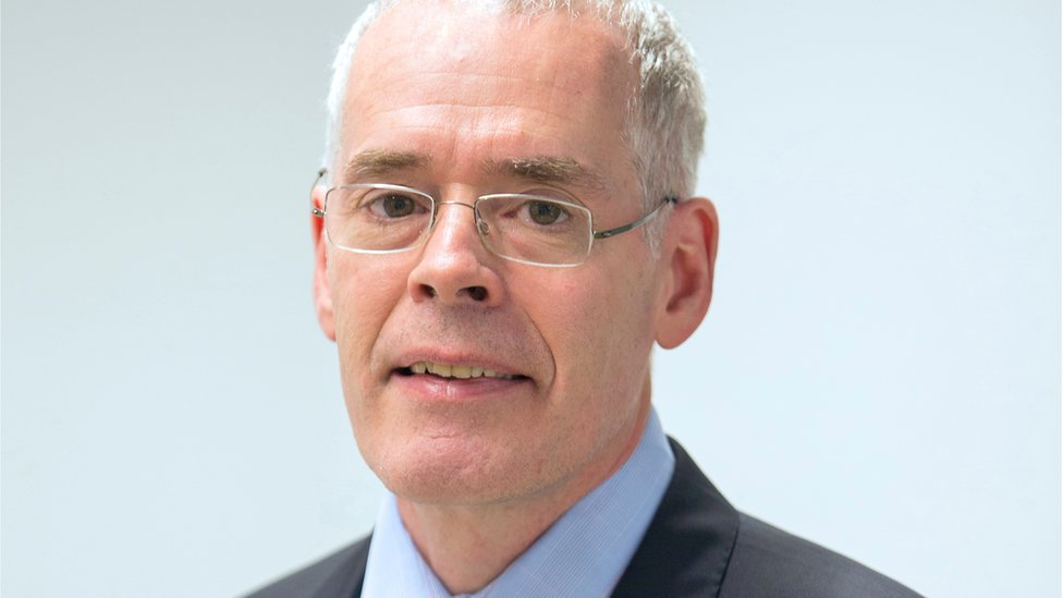 Open University vice-chancellor Peter Horrocks resigns