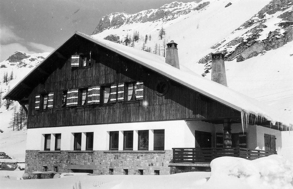 Planinska kuća Petrijevih u glavnoj ulici Val d'Izera