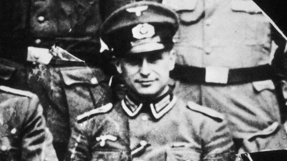 Klaus Barbie tahun 1944