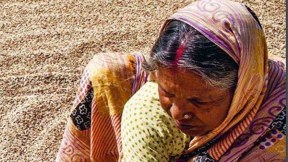 भारत पाकिस्तान और बांग्लादेश से भी हुआ पीछे- पाँच बड़ी ख़बरें