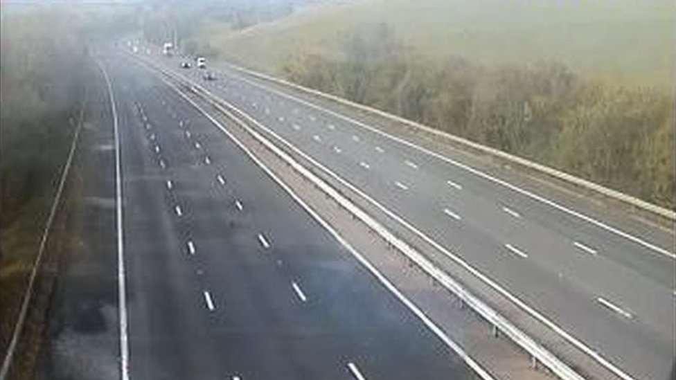 Woman dies as crash closes M4 motorway in Berkshire