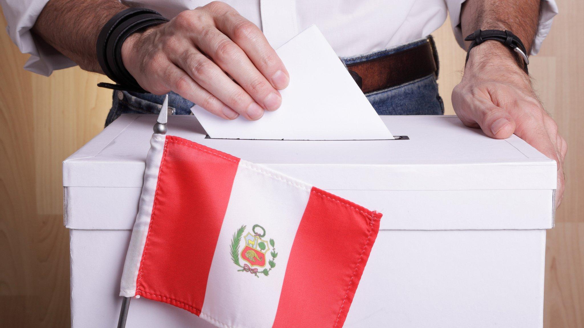 18 candidatos se disputan la presidencia en Perú