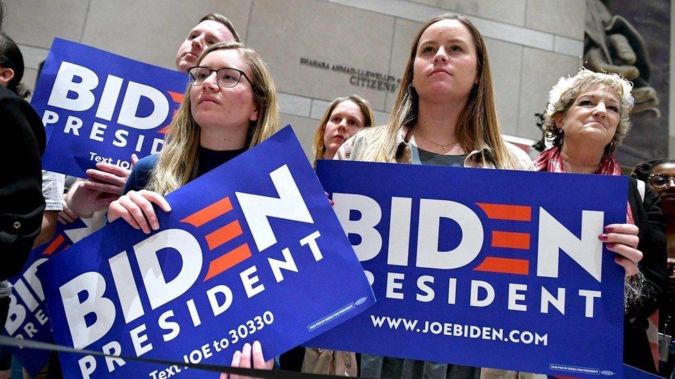 Joe Biden'ı destekleyen kadınlar