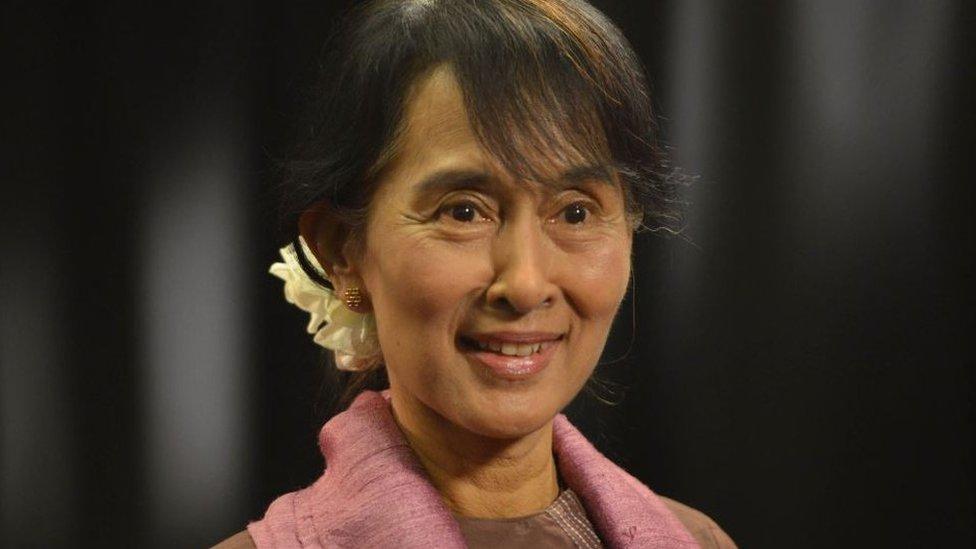 Aung San Suu Kyi durante su visita a BBC en 2012
