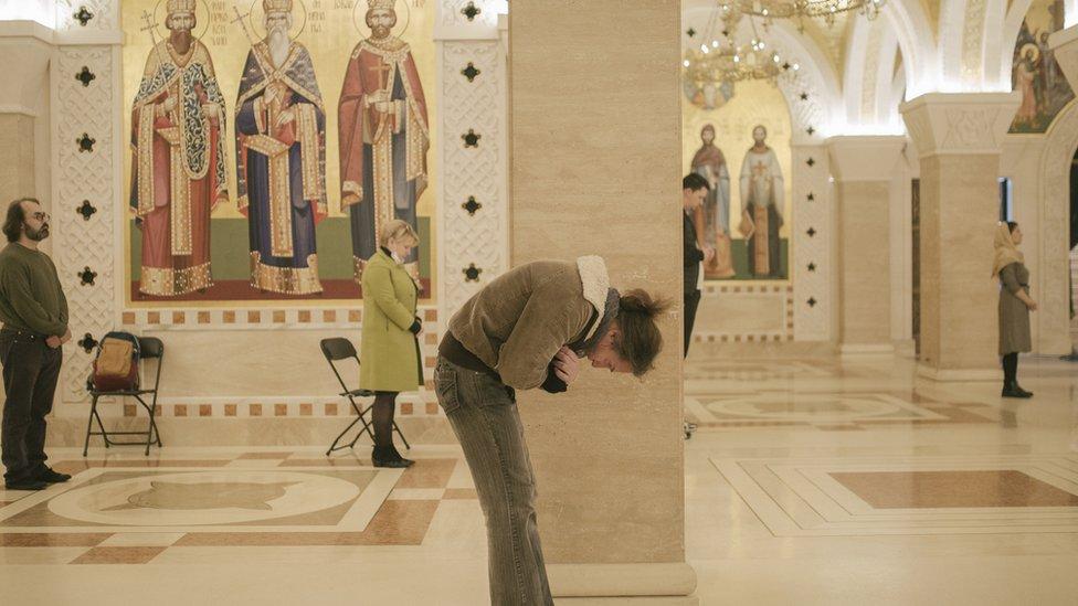 Uskrs po Julijanskom kalendaru slave Ruska, Srpska, Gruzinska, Konstantinopoljska, Grcka, Bugarska, Jerusalimska i druge pravoslavne crkve
