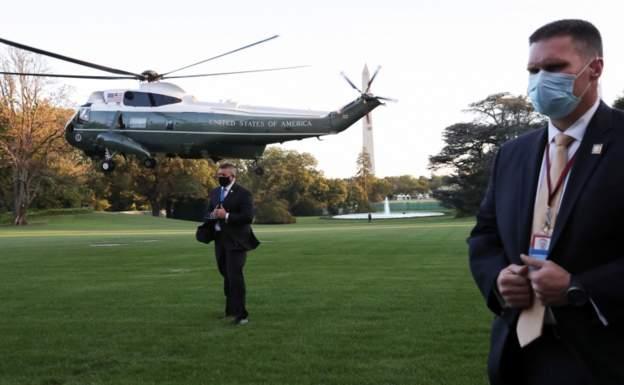 特朗普周五被移送至馬里蘭州的沃爾特·里德國家軍事醫療中心。直升機短途飛行時間大約10分鐘。