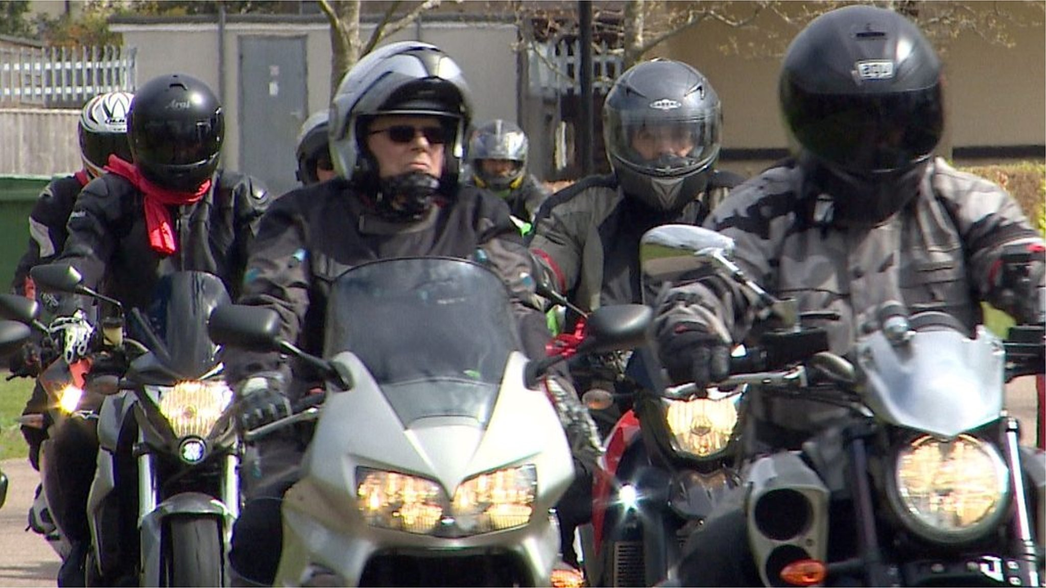 Bikers join Gorleston funeral cortege for 'biker chick'