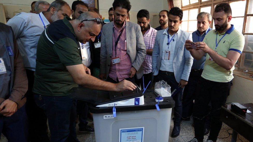 الانتخابات العراقية الأخيرة أدخلت البلاد في أزمة جديدة