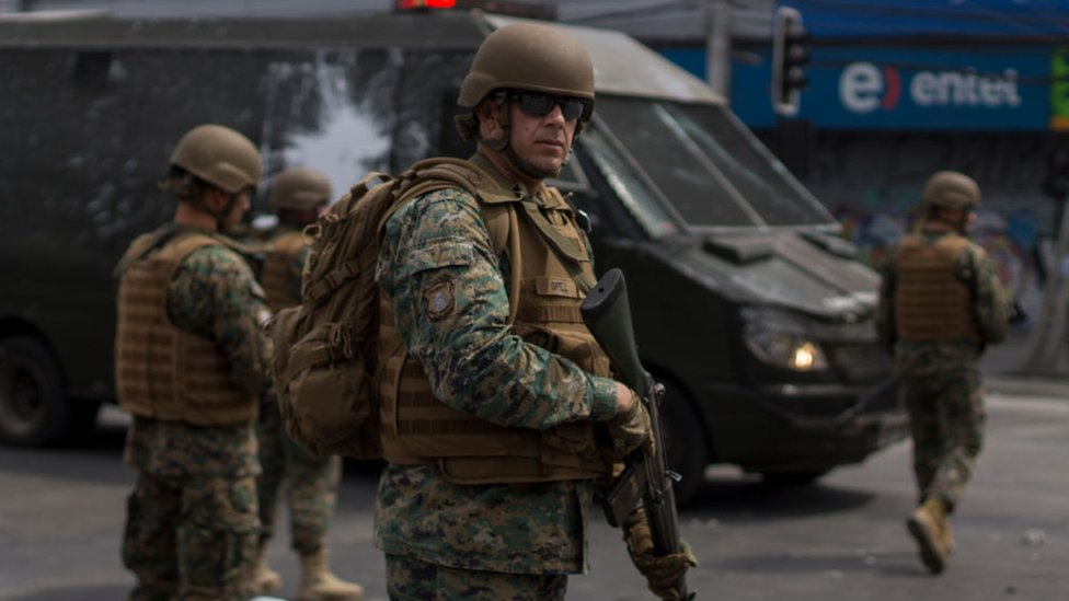 Piñera agradeció a las Fuerzas Armadas y a los cuerpos de seguridad por su labor durante estos días.