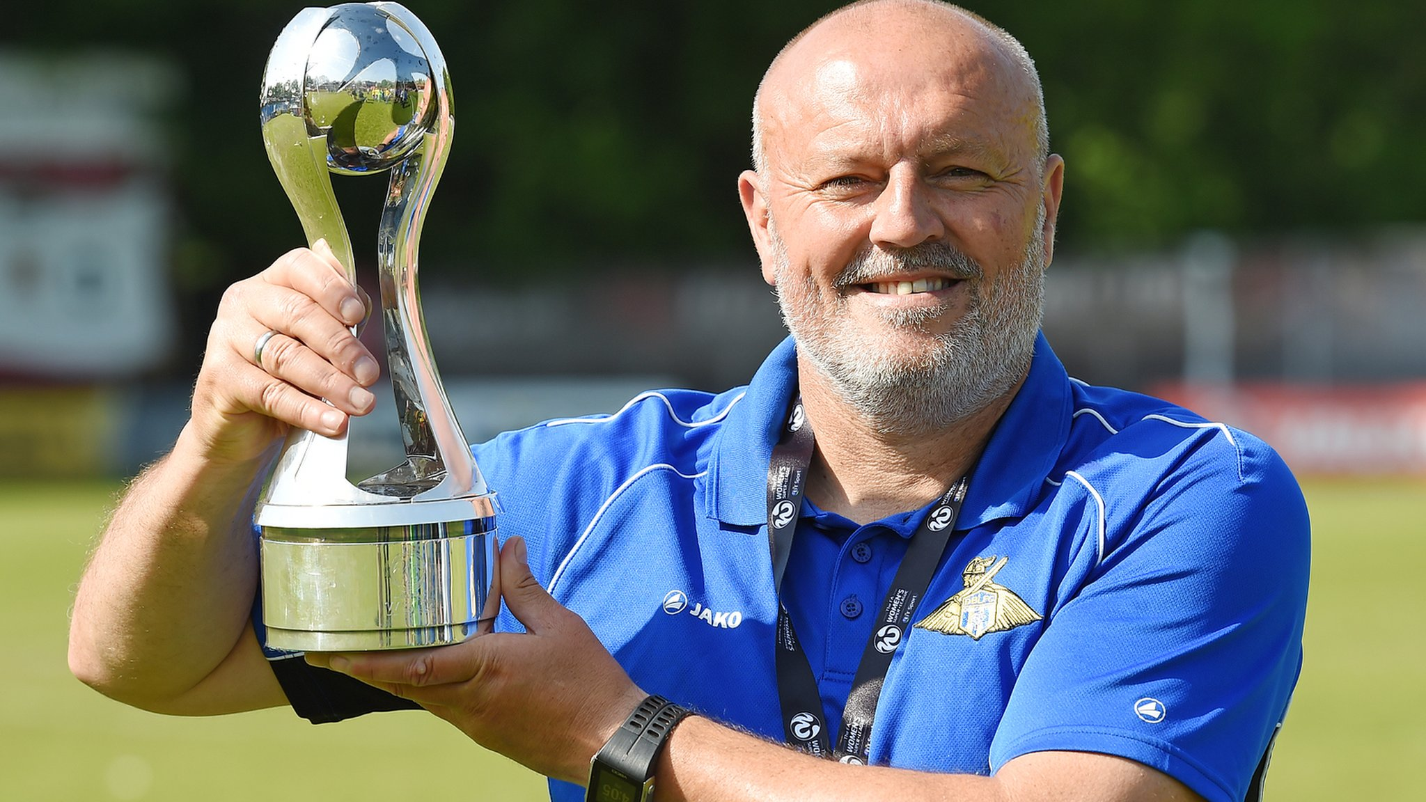 Neil Redfearn: Liverpool Ladies appoint Doncaster Rovers Belles boss as manager