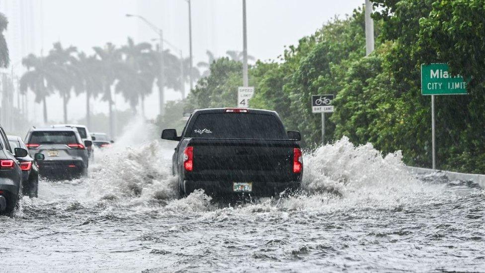 Calles inundadas en Miami