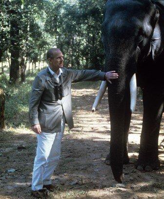 الأمير فيليب أثناء زيارته لمحمية غابة كاهنا في الهند في 20 نوفمبر/تشرين الثاني 1983