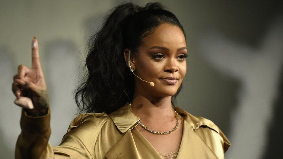 BBC News - Rihanna tops Forbes rich list thanks to Fenty make-up