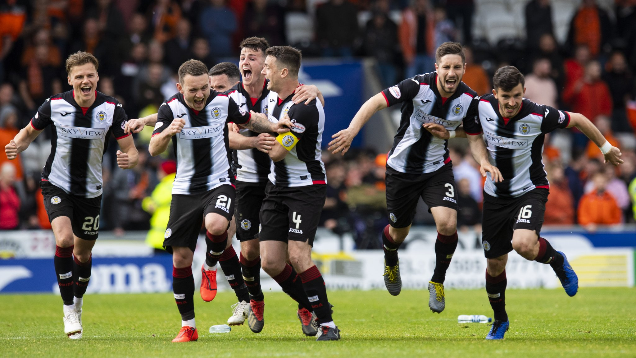 St Mirren 1-1 Dundee Utd: Saints escape relegation with penalty shootout win