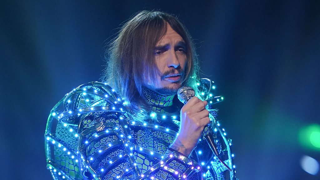 BBC News - Justin Hawkins on why he took part in The Masked Singer