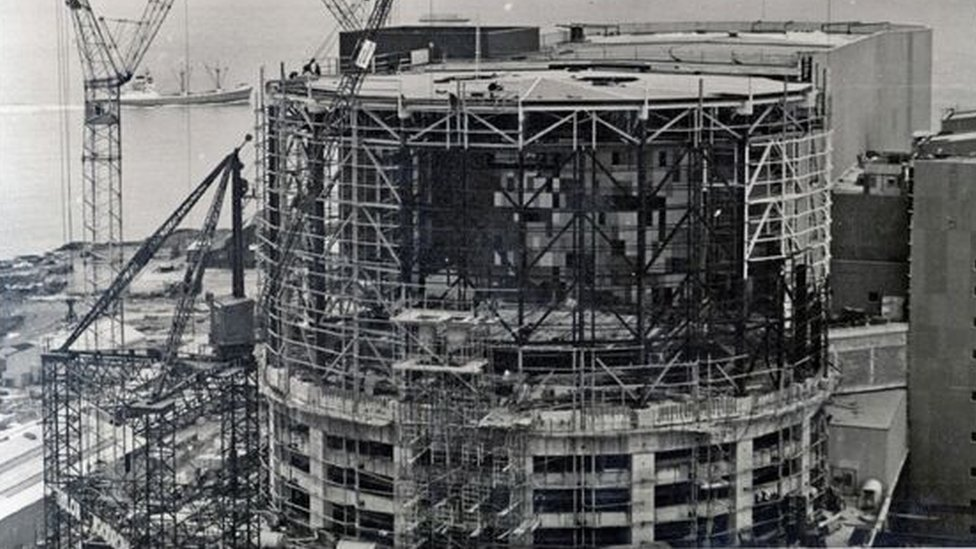 building /adeiladu