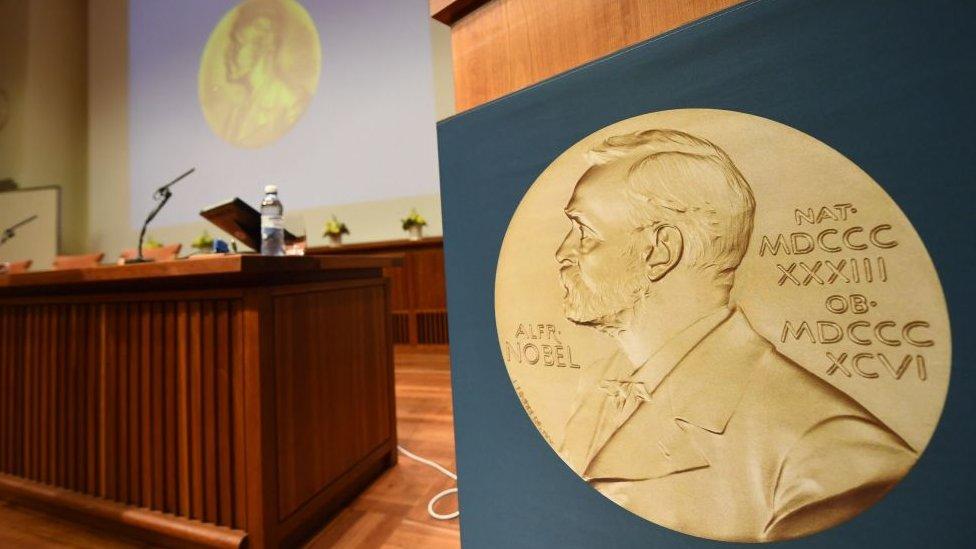 Лех Валенса пообіцяв номінувати Сенцова на Нобелівську премію