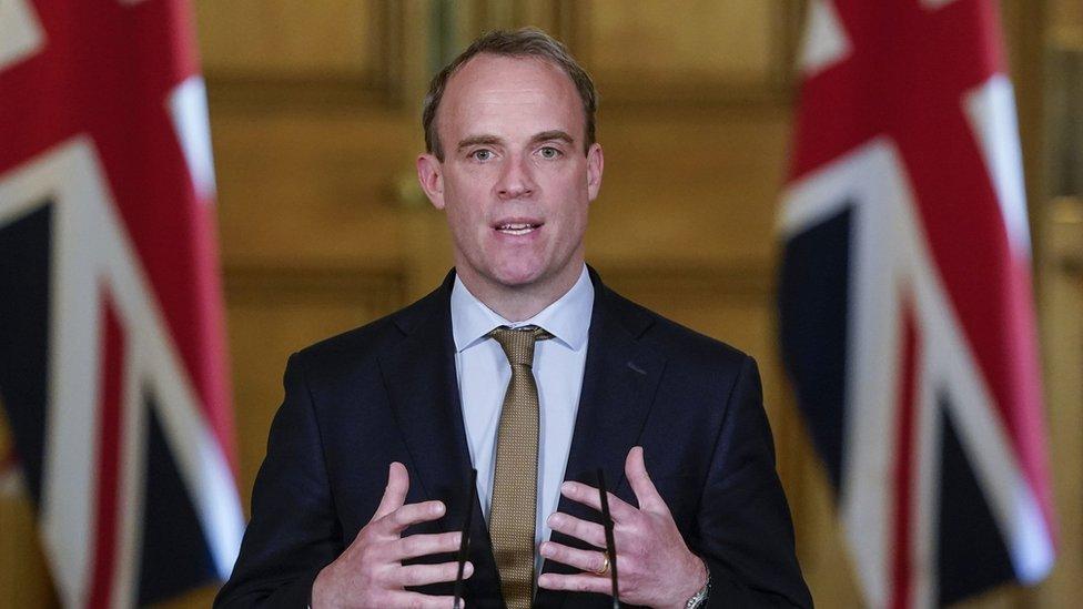 英國外相拉布在唐寧街10號首相府主持每日新型冠狀病毒疫情簡報記者會(18/5/2020)