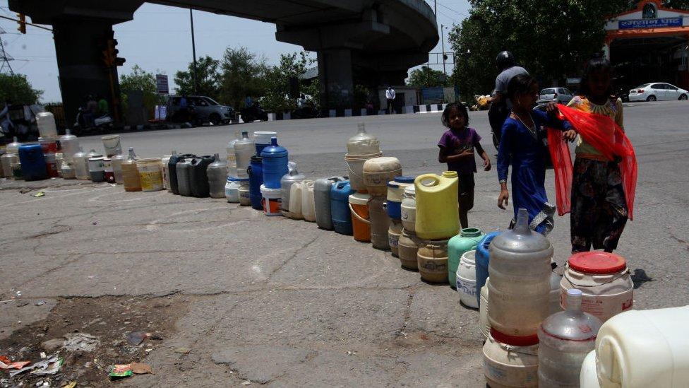Crisis de agua en Nueva Delhi, India.