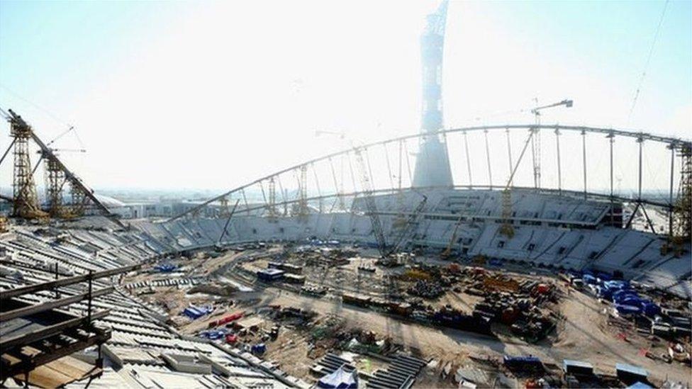 قطر استوردت مئات الآلاف من عمال البناء من أجل كأس العالم 2022