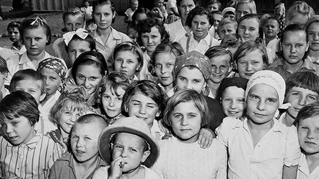 Niños polacos en Irán