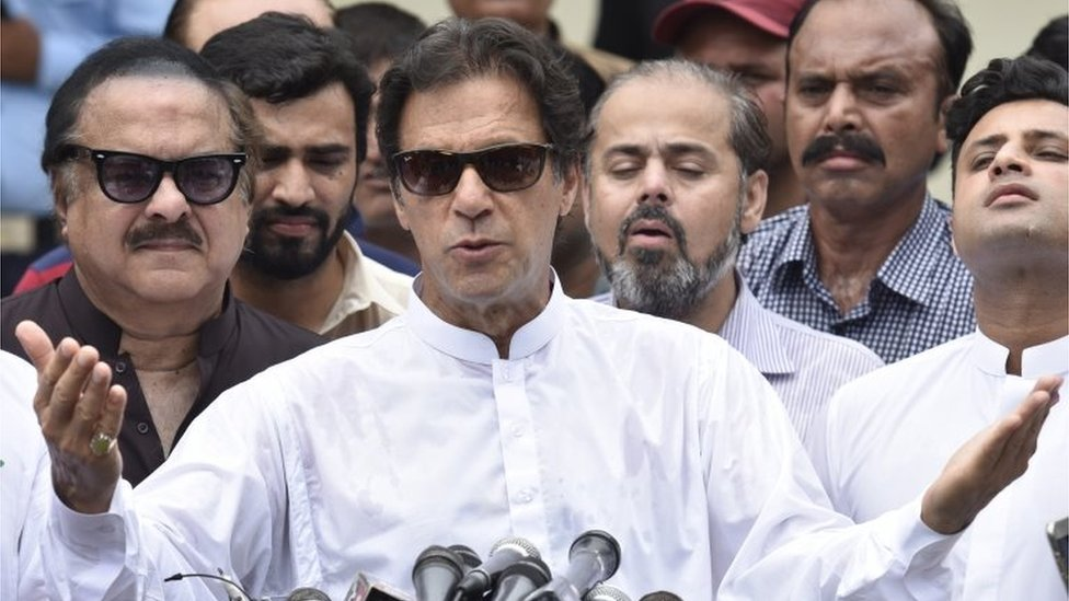 Imran Khan, head of Pakistan Tehrik-e-Insaf (PTI) speaks to journalists after casting his ballot at a polling station during general elections in Islamabad, Pakistan, 25 July 2018.